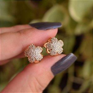 Brinco argolinha flor zircônia ouro semijoia 19k01045