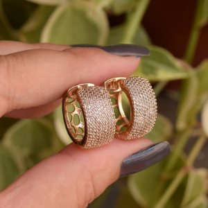 Brinco argolinha zircônia ouro semijoia 18k07012
