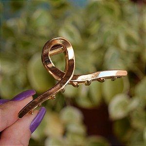 Piranha de cabelo metal dourado