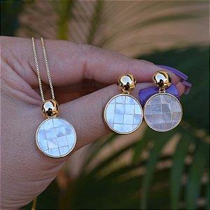 Colar e brinco pedra natural madrepérola mosaico ouro semijoia