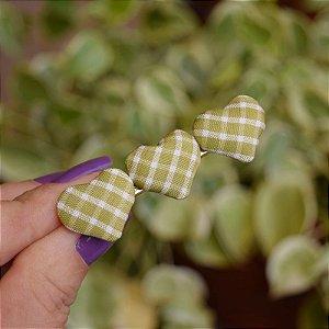 Presilha bico de pato coração vichy verde