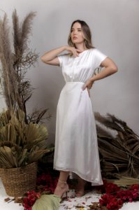 Vestido Civil Fluido Midi com Decote nas Costas - MON AMOUR