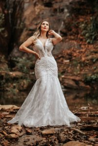 Vestido de Noiva 2 em 1 - Semi Sereia com em V, estilo Boho com transparência - MARIANA