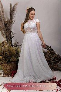 Vestido de Noiva Fluido com mangas curtas, flores 3D e transparência- THALIA