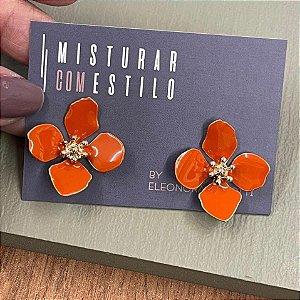 Brinco Flor Quatro Pétalas Pequena - Terracota