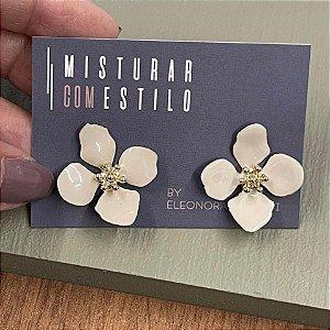 Brinco Flor Quatro Pétalas Pequena - Off