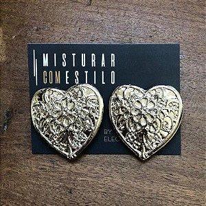 Brinco Coração Renda Dourado G - Prata