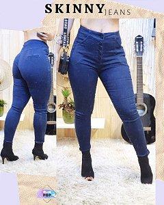 Calça Jeans Skinny com detalhes em botões