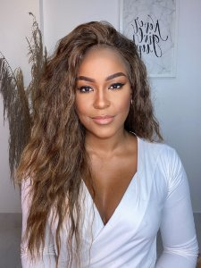 Lace front Wig Ondulada Anne Bey