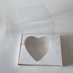 Caixa Para Coração de Colher 200 Gramas Duplex Base Branca + Berço Branco + Tampa de Acetato Transparente 14cm x 14cm x 9cm R.cxdpasc211217 Unidade
