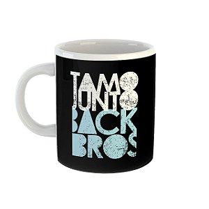 Caneca TamoJunto Back Bros preta com azul pastel