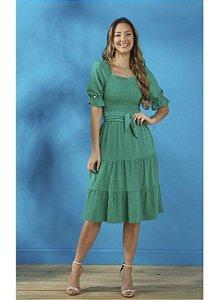 Vestido em Crepe, lastex no busto e saia três marias Verde Folha Tatá Martello Kiara 8213