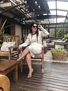 Vestido Detalhes com Corte a Laser Bege 50922 Via Tolentino - Moda Evangélica