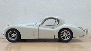 Burago - Jaguar XK120 - 1/24 (Sucata)
