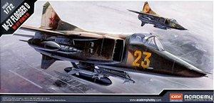 Academy - MiG-27 Flogger D - 1/72