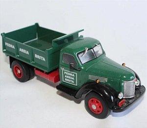 Ixo - Caminhão International Harvester Kb-7 - Pedra, Brita e Areia - 1/43