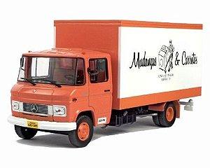 Ixo - Caminhão Mercedes-Benz 608D - Mudanças e Carretos em Batatais - 1/43