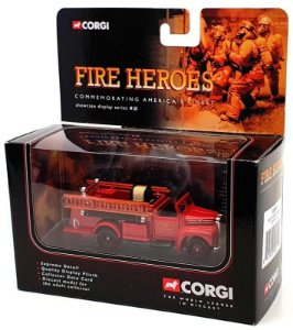CORGI - Mack B Open Pumper Boston Fire Department - 1/50
