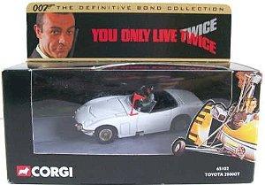 CORGI - Toyota 2000GT - Com 007 Só Se Vive Duas Vezes (You Only Live Twice) - 1/43