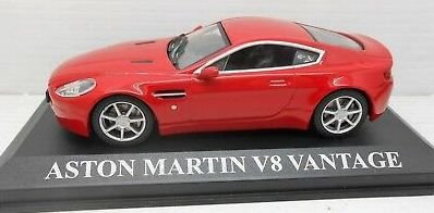 Ixo -  Aston Martin V8 Vantage -1/43