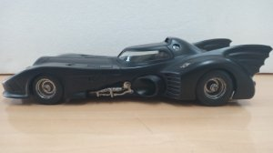 Hot Wheels - Batmobile versão 1989 (Batman) - 1/18 (Sem Caixa)