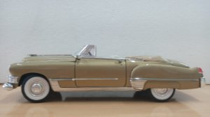 Yat Ming - Cadillac Coupe deVille 1949 - 1/18 (Sem Caixa)