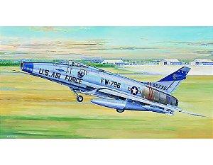 TRUMPETER - F-100D SUPER SABRE - 1/32