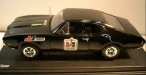 Ertl Collectibles - 1968 Oldsmobile Hurst Shifters Style - 1/18