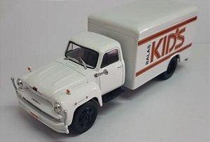 Ixo - Caminhão Chevrolet C-6500 1959 - Balas Kid's - 1/43