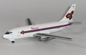 AERO CLASSICS - BOEING 737-200 THAI - 1/400