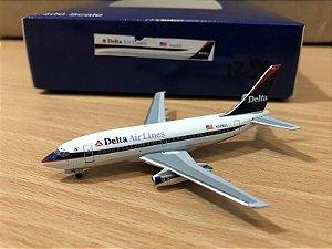 AERO CLASSICS - BOEING 737-200 DELTA - 1/400