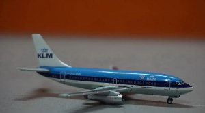 FLIGHT LINE - BOEING 737-2T5 KLM - 1/400