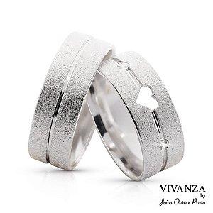 Aliança de Compromisso Diamantada Coração com Pedra Anatômica (Unidade)