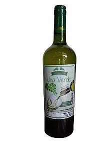 Cachaça com Uva Verde