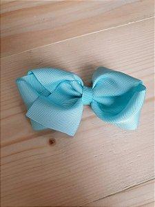 Laço duplo azul claro