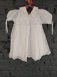 Vestido batizado branco rendado - Linha na Agulha (feito a mão) 3-6 meses