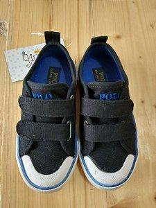Tênis preto detalhe azul com velcro - Polo nº 23