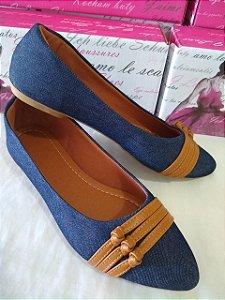 Sapatilhas Modamor Em Jeans Com Detalhes Marrom Fashion um espetáculo para seus pés.