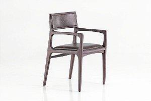 Cadeira Marina Estofada com braço (Couro)