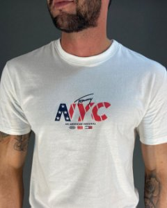 CAMISETA NYC TOMMY JEANS OFF