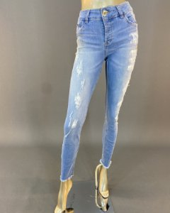 Calça Jeans Fatima com Aplicação Colcci
