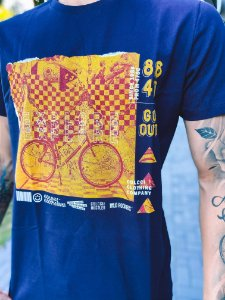 Camiseta Colcci Bicicleta Masculina