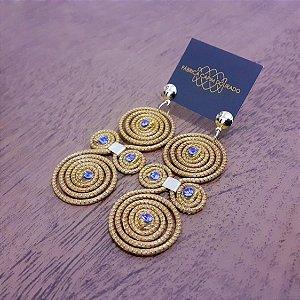 Brinco Capim Dourado C/ Strass Azul Cód. B161 - Hipoalergênico