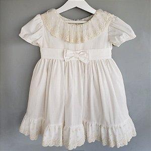 Vestido batizado off white renda