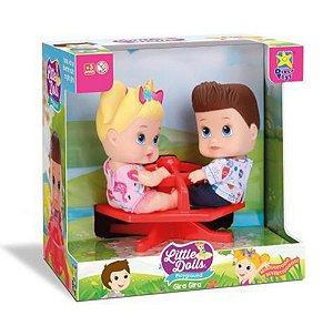 Boneca Little Dolls Playground Menino e Menina Com Gira-Gira - Diver Toys