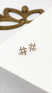 Brinco Folheado 18k Hashtag em Zirconia