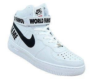 0aeab3bc5f Bota Nike Air Force 1 Supreme Cano Alto Branco