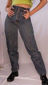 Mom jeans skyhook (36)