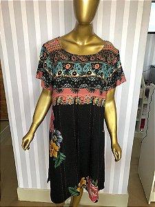 Vestido preto floral Tm 40