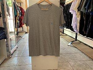 Camiseta masculina acostamento cinza M
